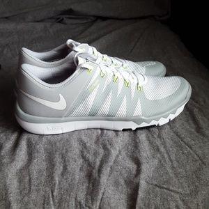 Brand New Nike Free Trainer 5.0 V6 size 12